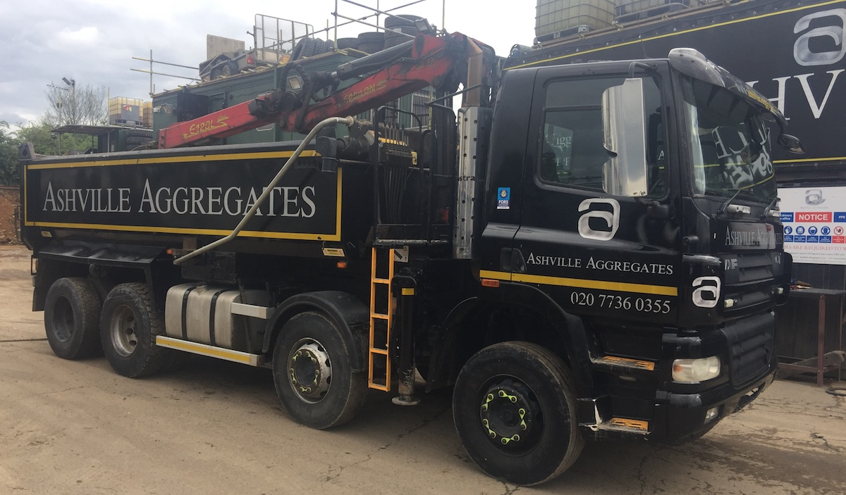Grab Lorry for Sale