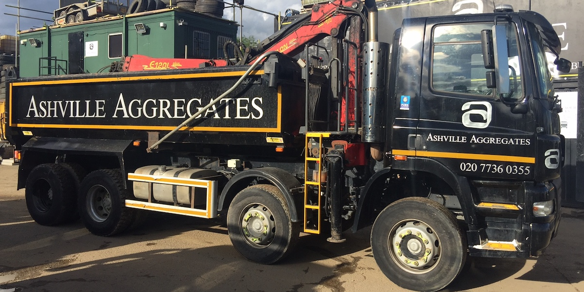 8 Wheel Grab Lorry for Sale